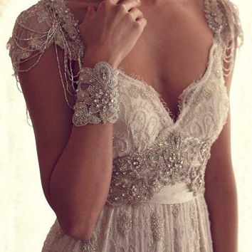Vintage Lace Beach Wedding Dress