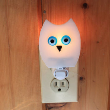 Handmade Fused glass white owl night light nightlight