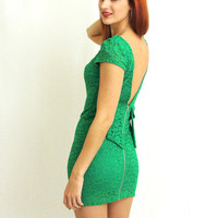 Everlasting Love Lace Dress in Emerald Green -  $48.00 | Daily Chic Dresses | International Shipping