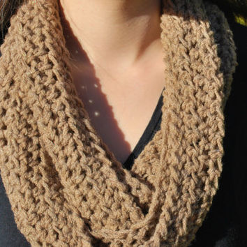 Chunky tan infinity scarf with hints of gold. SO soft and cozy! Great Christmas gift for her