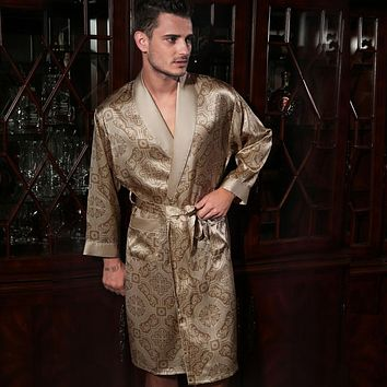 Top Quality Natural Silk Men Robes Fashion Printed 100% Pure Silk Male Sleepwear Long-Sleeved Bathrobes Kimono 2017 NEW
