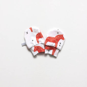 White baby mittens, baby scratch mitts. Jersey cotton knit with dala horses. Baby Gift Girl Hand Covers. Baby shower present
