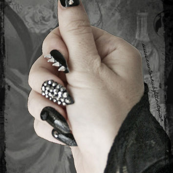 Deviant.Press On Stiletto Spiked Fake Nails, Gothic Fake Nail Art, False Nail Set, Goth Accessories, Black Stud Spike