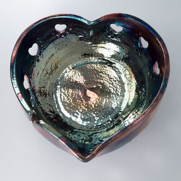 "Heart-Shaped Yarn Bowl Knitting Bowl 'Duriat' Pottery (size 8.5"" x 3.5"") Raku Art - YB1330"