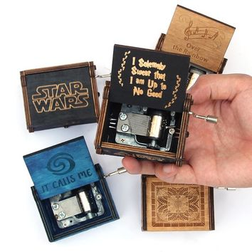 Star Wars Force Episode 1 2 3 4 5 2018 Hot Antique Carved Music Box Game of Thrones Music Box  Wooden Hand Crank Theme Music Caixa De Musica AT_72_6