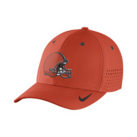 Nike Legacy Vapor Swoosh Flex (NFL Browns) Fitted Hat