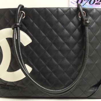 d8625 Auth CHANEL Black Calfskin Leather White CC Logo CAMBON Tote Shopper Bag
