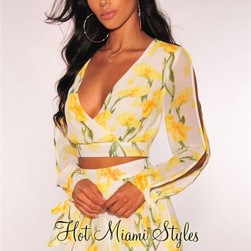 White Yellow Floral Cut Out Sleeves Shorts Two Piece Set