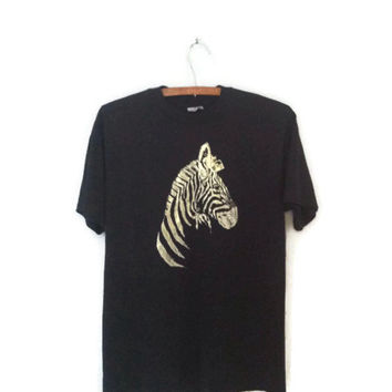 Vintage 80s t-shirt / Zebra t-shirt / zoo animal tee / 1980s t-shirt