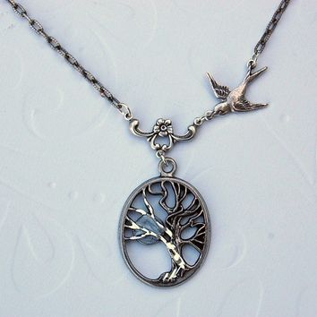 The Whomping Willow Necklace - by TwilighterVA
