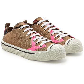 Bourne Low Top Fabric Sneakers - Burberry | WOMEN | KR STYLEBOP.COM