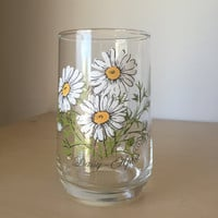 Vintage Flower of the Month Drinking Glass, April Daisy, White and Yellow Flower Glassware, Drinkware Birthday Gift