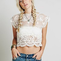 Jen's Pirate Booty Womens Lace Crop Short Sleeve Top