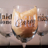 Bride and bridal party wine glass set. Bride, maid of honor, and bridesmaids glass set with names.