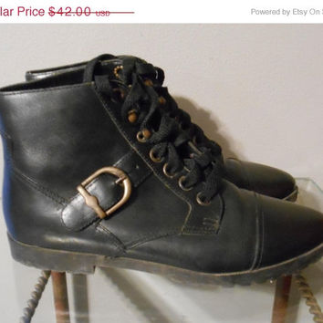 Holiday Sale Vintage Black Leather Lace Up Pixie Boot by Ellemenno Size 6 M