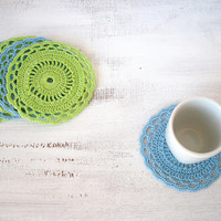 Blue and lime green circle coasters, table decoration doilies, housewarming gift, set of 6 placemats