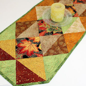 Autumn Quilted Table Runner, Thanksgiving Quilt, Shades of the Season Fabric by Robert Kaufman with Leaves in Brown, Rust and Gold