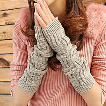 Fashion Lengthen Arm Warmers Autumn Winter Gloves Women Half-finger Glove Crochet Knitted Fingerless Lace Gloves & Guantes
