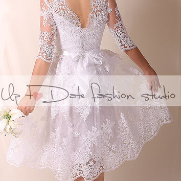 Lace  Plus Size short / open V back/ short wedding party/reception dress /3/4 sleeve/ knee length/Bridal Gown