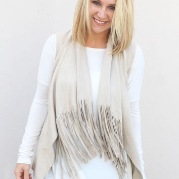 Winter's Fringe Vest {Bone}
