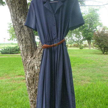 Polka Dot Navy Blue Vintage Country Farm Dress -- Tea Length Button Collar -- Womens Size L to XL -- Leslie Fay