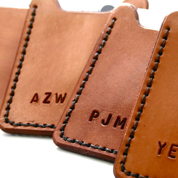 Flip Clip. Personalized Mens leather wallet with money clip - custom initial or monogrammed