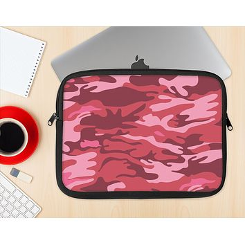 The Pink and Red Tradtional Camouflage Ink-Fuzed NeoPrene MacBook Laptop Sleeve