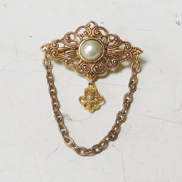 Victorian Style Gold Tone Filigree Brooch Faux Pearls Chain Dangling Hanging Charm Vintage Costume Jewelry Broach Pin Bohemian