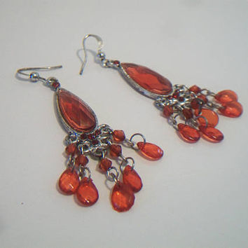 Red Faceted Tear Drop Dangle Earrings Silver Tone Prom Costume Jewelry