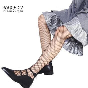 Women's Tights Fashion Sexy Pantyhose Black Mesh Fishnet Tights With Shining Golden Silver Silk Thread For Women Stockings