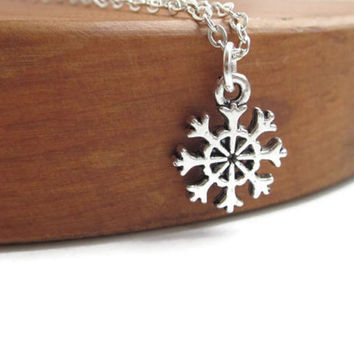 Silver snowflake necklace, frozen gift, stocking stuffer, stocking filler, silvery jewellery gift uk
