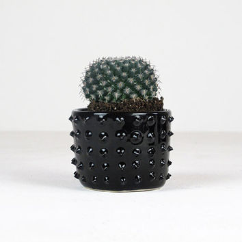 Handmade Planter Pot // Black Ceramic Plant Pot // Handmade // Cactus planter pot // Succulents and cactis // Home decor // Garden // Small