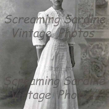 Vintage Digital Download Photo, 1910s, Pretty Woman in Beautiful Dress