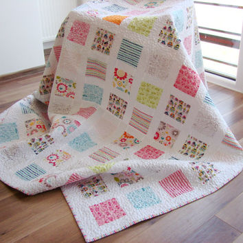 Modern Twin Quilt. Throw Quilt. Custom order. Soft colors. For boy and girl. Reversible.