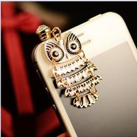 Colorful Owl Pendant Plugy for iPhone SKS213