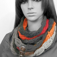 Crocheted broomstick chain cowl