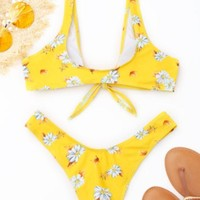 Hot sale fashion Yellow with print straps bikini and bottom knot  two piece bath suit