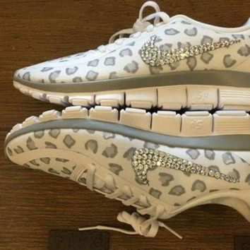 Blinged Out Women s White Nike Free Run 5.0 V4 Leopard Cheetah P 8469e0d7d