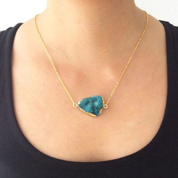 Delicate Gold Druzy Stone Pendant Chain Necklace