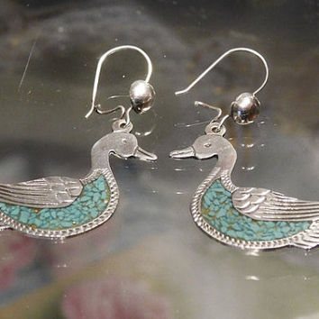 Crushed Turquoise Earrings Bird Duck Swan Mexico Silver Vintage Earrings Green Turquoise Pierced Dangle Inlay Inlaid Earrings Kidney Wire
