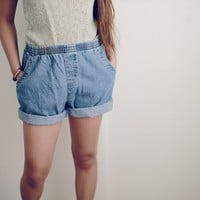 50's Style High-Waisted Denim Shorts