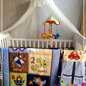 hot sell New 8pcs Baby Crib Cot Bedding Set  Quilt Bumper Sheet Dust Ruffle Nappy bag 5 items for baby boy