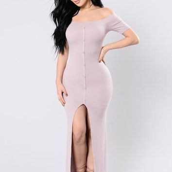 Come Alive In The Night Time Dress - Mauve