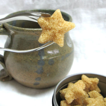 Turbinado Demerara Raw Sugar Stars Cubes in Tin Give your Dad a Sweet Father's Day