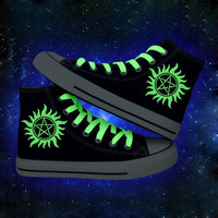 Fashion High Top Huanqiu Shoes Supernatural Glowing Shoelace Print Casual Canvas Shoes Autumn Men Women Shoes