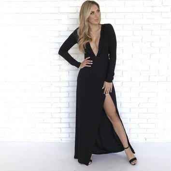 Settle Down Maxi Dress In Black