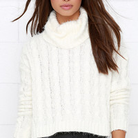 Mineral Springs Ivory Cable Knit Crop Sweater