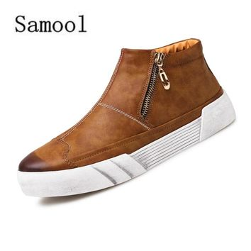 2017 Round Head Boots Plain Short Tube Upper Youth High Top Board Shoes Men Fashion Classic Casual Shoes