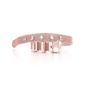 Tiffany & Co. - Tiffany Somerset™ narrow buckle bracelet in RUBEDO® metal, medium.