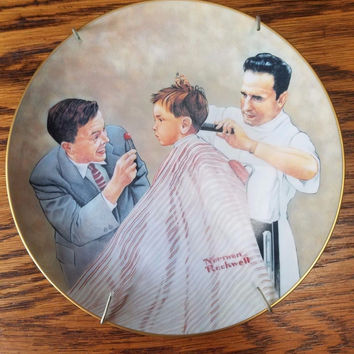 1978 NORMAN ROCKWELL COLLECTOR PLATE FIRST HAIRCUT 7415 w/Plate Stand